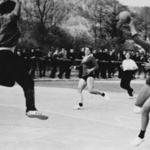 Milena Čufar pri strelu na gol, potem ko je kot tolikokrat uspešno ušla vsem nasprotnicam.